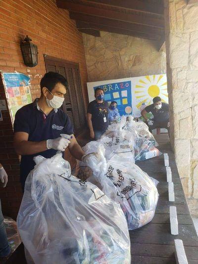 Entregaron 3000 kits de alimentos a trabajadores de varios puntos del país