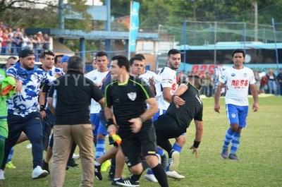 UFI emplaza a la Liga Luqueña por agresión a árbitro •