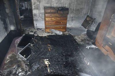 Fuego en colchón originó incendio en una vivienda de San Lorenzo