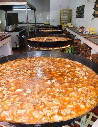 Primera dama anuncia 2.000 platos diarios para zonas vulnerables