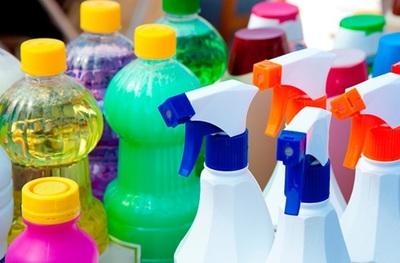 Advierten que mezcla de productos de limpieza puede ser dañino