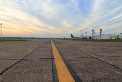 Arribó vuelo humanitario con 56 connacionales procedentes de Bolivia y Perú