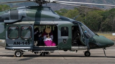 Semana Santa en tiempos de coronavirus en América Latina: Bendiciones desde helicópteros, misas virtuales, procesiones en claustro