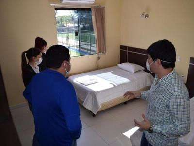 Ante el aislamiento obligatorio, comuna de Villa Elisa alberga a personal de blanco en Hotel