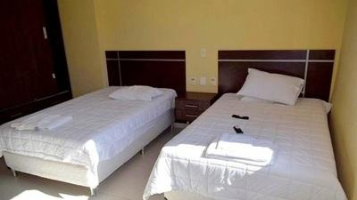 En Villa Elisa, comuna alquiló hotel para albergar a personal de blanco