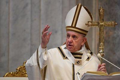 """Papa consagra su mensaje de Pascua a los """"afectados directamente por el coronavirus"""""""