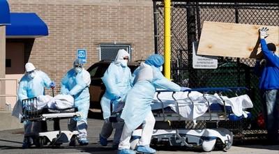 Coronavirus: Las muertes se disparan en EE.UU. mientras Trump medita abrir la economía