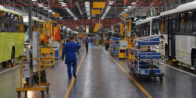 Marcopolo reanudará parcialmente la producción el día 13