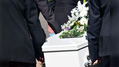 Velatorio y sepultura envuelven un caso sospechoso de COVID-19