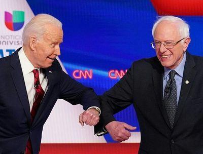 Sanders da su apoyo a exrival Biden en carrera presidencial de EE.UU.
