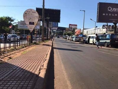 CRISIS COMERCIAL en CDE se debe a la CRISIS ECONÓMICA del BRASIL