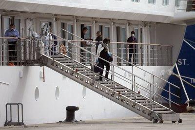 Uruguay: repatrian a últimos pasajeros de crucero