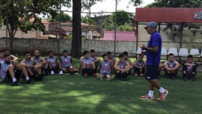 Pandemia golpea a la formación de futbolistas