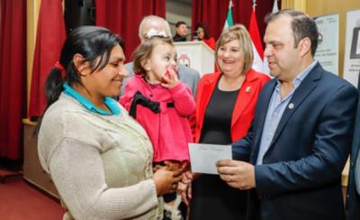 HOY / Ministerio de Desarrollo librará fondos para subsidiar a familias vulnerables