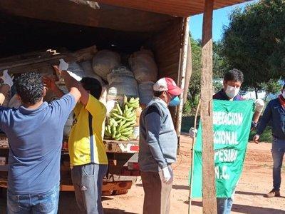 FNC dona 13.500 kilos de víveres a familias afectadas por paro total