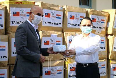 Taiwán donó 280.000 tapabocas para personal de salud