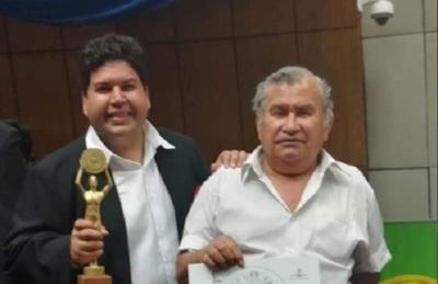 El cantante Orly López agradeció por las donaciones que recibió su papá