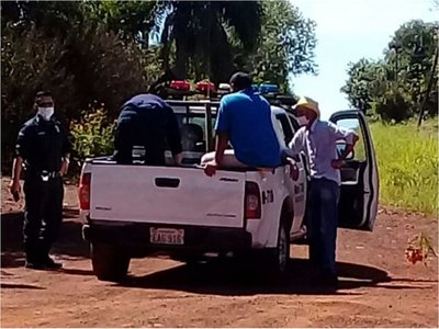 Policías cocinan y reparten comida en Bella Vista Sur