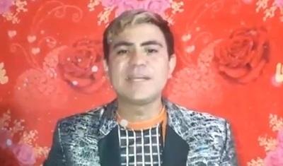 """El vocalista del grupo Nueva Estrella celebró su cumpleaños con una """"tallarinada popular"""""""