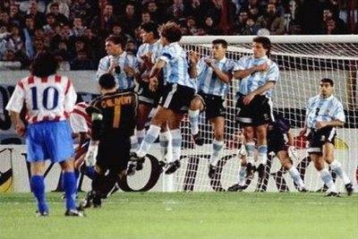 El club europeo que incluyó a siete paraguayos en su histórico ideal