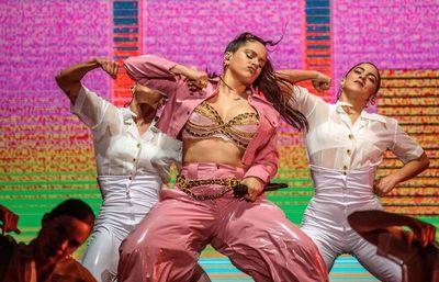 Rosalía revoluciona las redes con sus versiones de Beyoncé o Lola Flores