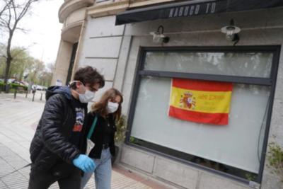 España: Por primera vez, número de recuperados superó al número de nuevos contagios