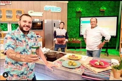 José Ayala celebra los 3 años del programa 'Mucho Gusto'