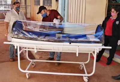 Presos de Pedro Juan Caballero fabrican cápsula para traslado de pacientes con Covid