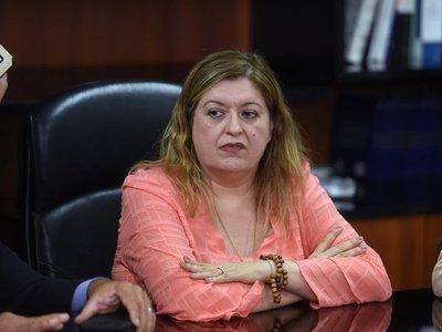 Añetete respalda a Sandra Quiñónez