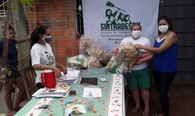 Sintradespy donan víveres a mujeres trabajadoras domésticas