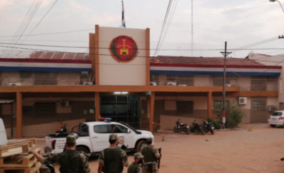 HOY / Penal de Tacumbú sufre incendio en celdas del pabellón de admisión