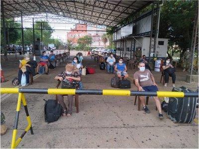 Itapúa: 42 connacionales ingresan al país por el puente San Roque González