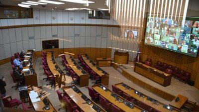 Senadores rechazan desaforar a Zacarías Irún