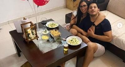 La romántica celebración de Ana Laura con su novio
