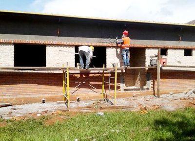 Denuncian lento avance de mejoras de USF de Santaní