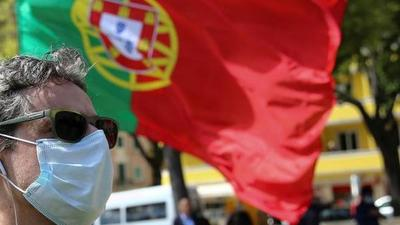 Últimos preparativos en Portugal para abrir este lunes peluquerías y comercios