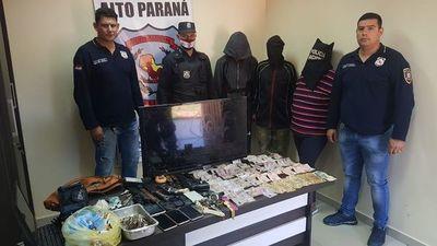 Detenidos tras persecución en Hernandarias