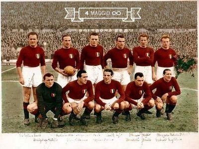 El fútbol italiano se une en el recuerdo del Grande Torino