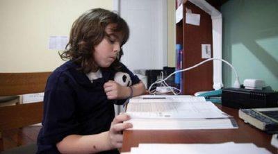 Niño de 12 años es aceptado en varias universidades para estudiar