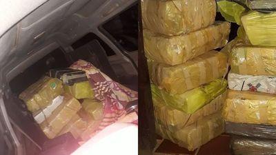 Camioneta fue abandonada en el limite entre San Ramón y Gral. Delgado con casi 400 kilos de marihuana prensada
