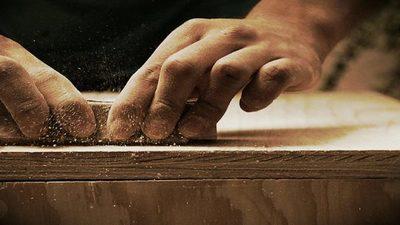 Trabajos en carpintería que alimentan a toda una familia