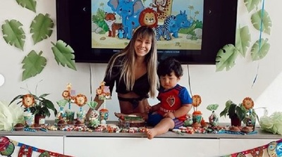 Judith Gamarra celebró en el extranjero el primer añito de su hijo