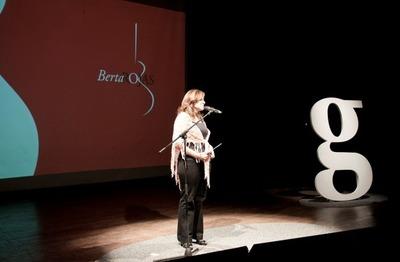Berta Rojas y Roberto Chirola Ruiz Díaz juntos en Gramo Revolución