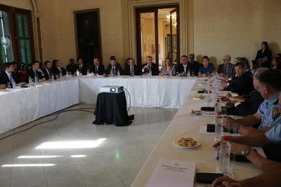 FGE participó en reunión sobre lavado y terrorismo