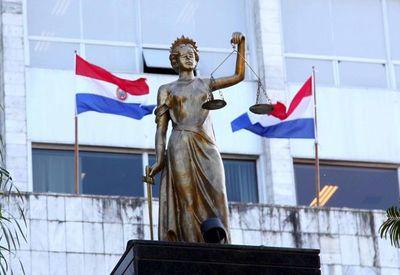 Sexagenario condenado por abusar de sus hijas