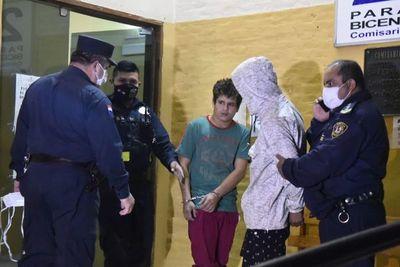 De cuatro fugados de comisaría, siguen buscando a dos