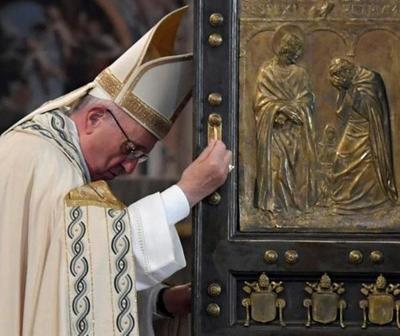 Vaticano reabre sus puertas después de más de dos meses