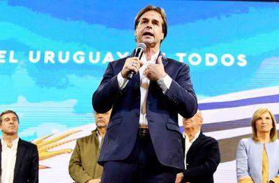 Anuncian reinicio de clases presenciales en Uruguay