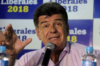 En PLRA piden convención para expulsar a 7 senadores
