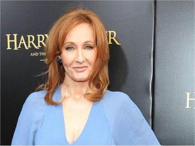 """JK Rowling publica gratis en internet el cuento de hadas """"The Ickabog"""""""